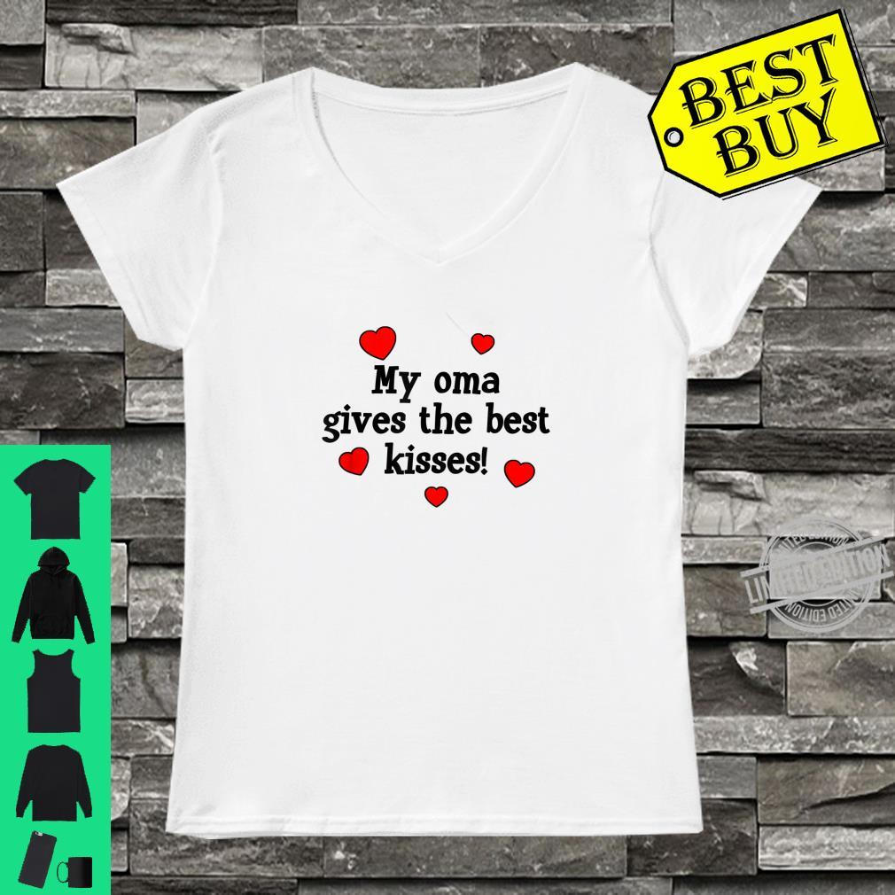 My Oma Gives The Best Kisses Grandchild Love Shirt ladies tee